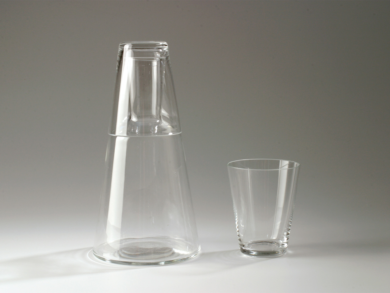 Water carafe and glass Vianen